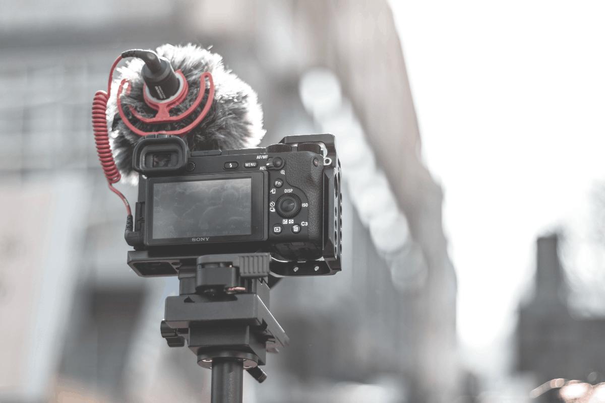 vlog camera with mic